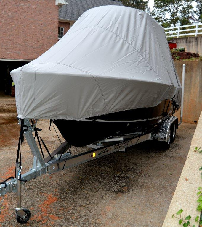 Boat Covers Direct- Covers Direct is a retailer of boat covers based in U.S.A. They sell top quality boat covers by brands like Carver, ShoreTex and Westland. Other than that, they also offer you a wide assortment of products that meets your boating needs.